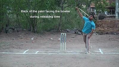 Leg break bowling - Wrist Position