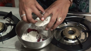 How to Prepare Beetroot Chapathi