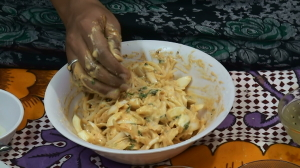 Egg Onion Pakodi Recipe